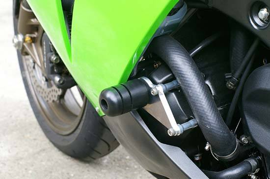 Sato Racing Frame Sliders - #K-ZX106FS-BK ZX 10R 1000 Ninja 06-07/No Fairing Modifications Required/Black Delrin