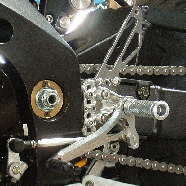 Sato Racing Rear Sets - #S-GSX105RS-SV GSXR 1000 05-06/Standard Or Reverse Shift/9 Positions/Silver Anodized