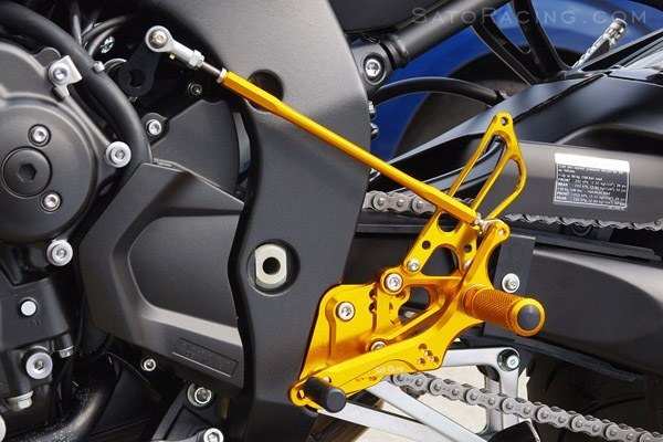 Sato Racing Rear Sets - #Y-FZ106RSR-BK FZ1 06-15/FZS 800 FZ8 10-12/7 Postitions/Reverse Shift ONLY/Black Anodized