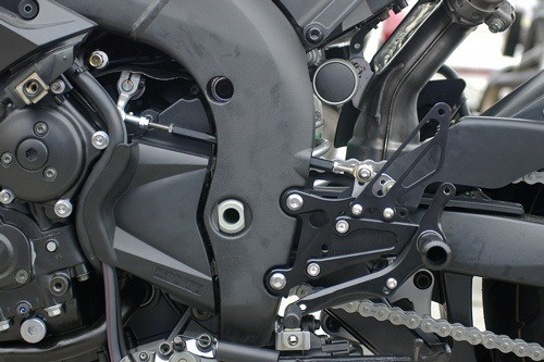 Sato Racing Rear Sets - #Y-R104RSR-BK YZF 1000 R1 04-06/GP Reverse Shift Only/No Switch/6 Positions/Black Anodized