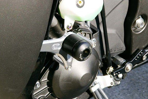 Sato Racing Frame Sliders - #Y-R109FS-BK YZF 1000 R1 09-10/Black Delrin/Street Version/No Fairing Modifications Required